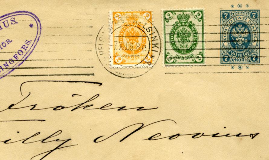 Finse postzegels met roebel waardes